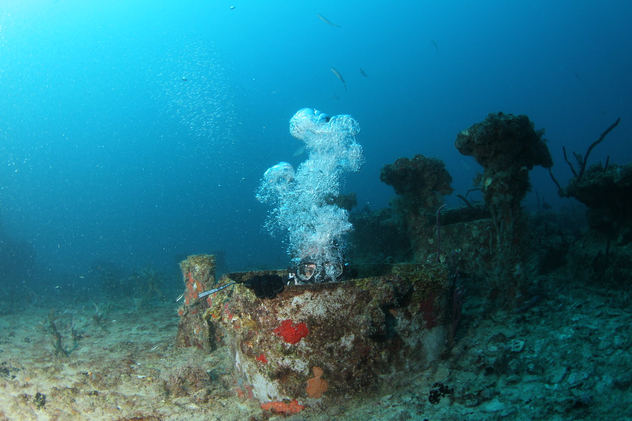 The Spiegel Grove shipwreck, Florida Keys